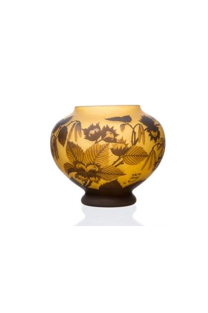 """""""Nutbowl"""" Vase"""