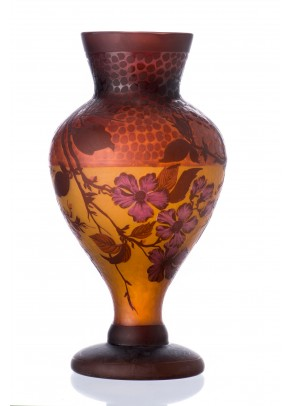 Burgundy Dots Vase - Galle type