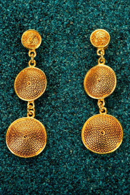 Tres botones - Gold plated silver earrings