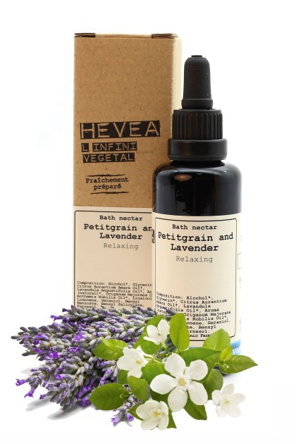 Organic bath nectar with precious petitgrain and lavender oils