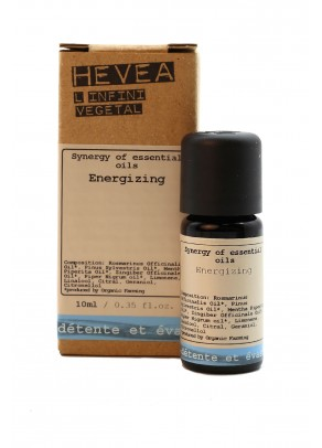 Energizing organic massage oil with ginger and black pepper