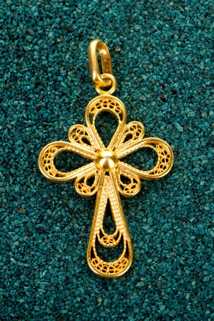 21k gold plated 925 silver filigree designer jewelry pendant santa santa cruz gold plated silver filigree pendant aloadofball Image collections